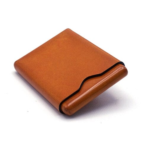 Business card holder in Tuscan leather