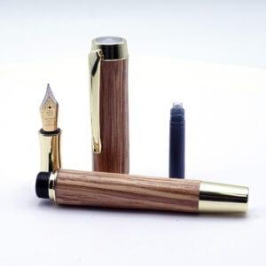 Penna stilografica in legno di Belì