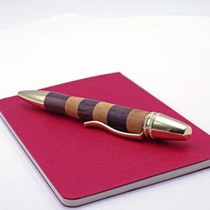 Penna in legno di Bosso intarsiato
