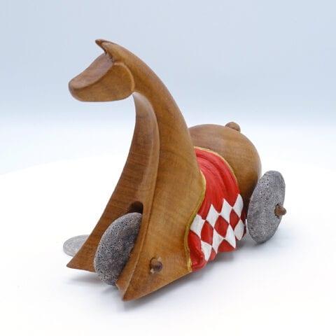 Cavallino in legno con ruote