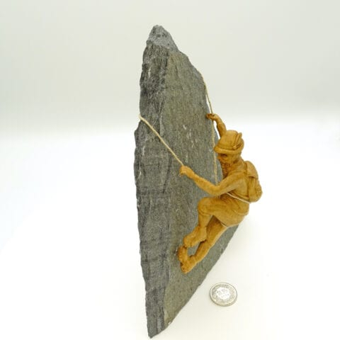 Rocciatore-vetta-legno-pietra_5