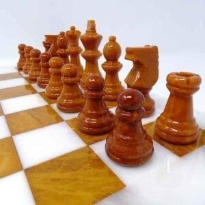 Gli scacchi della Regina - bruni