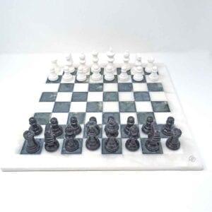 Gli scacchi della Regina - grafite